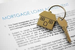 mortgage loan and house keys