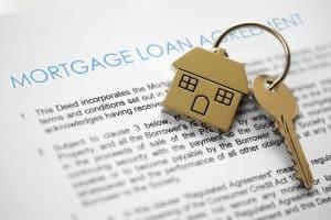 mortgage loan and house keys